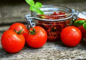 ¡Los 11 principales beneficios del tomate que no conocías!